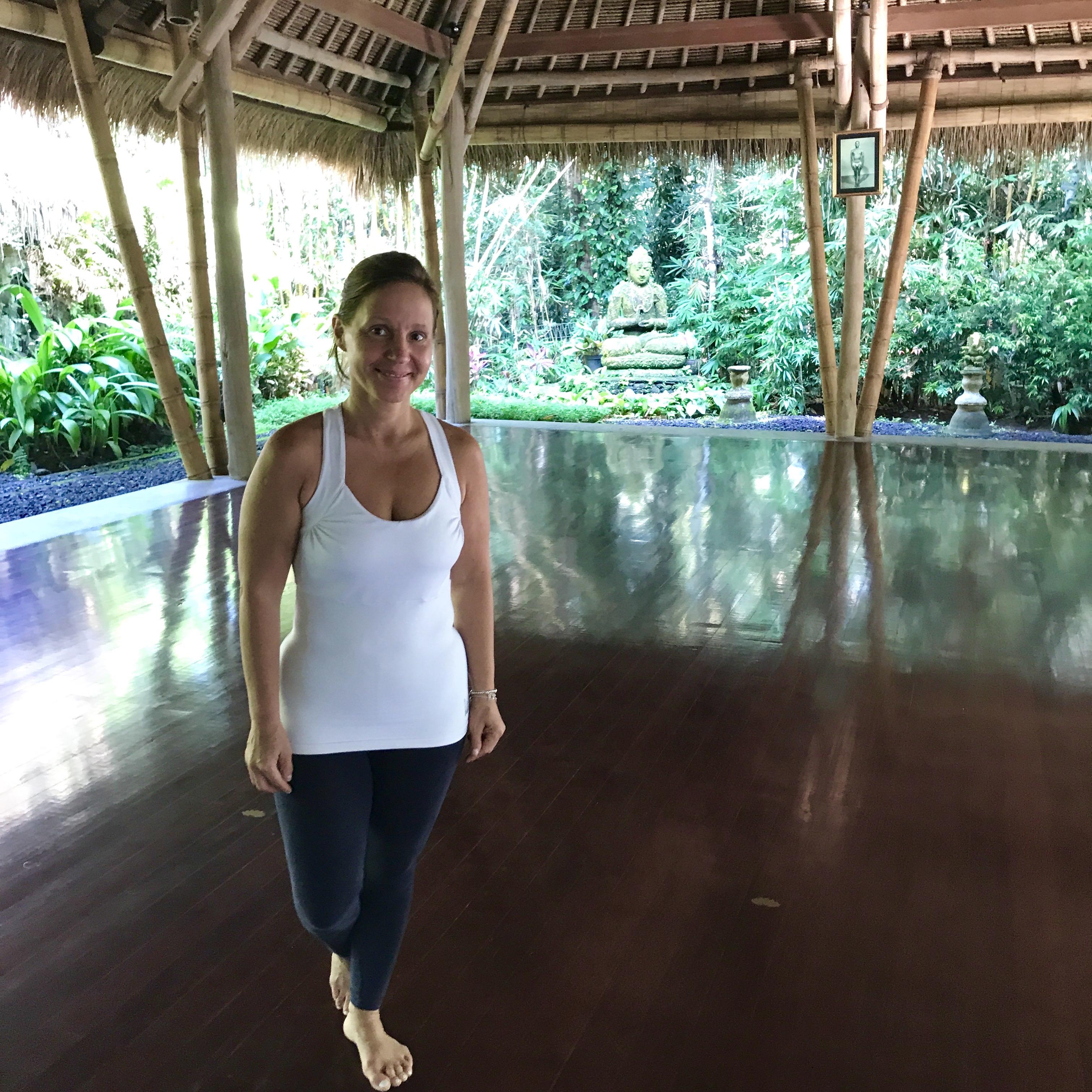 Christine Rudolph als Yogalehrerin